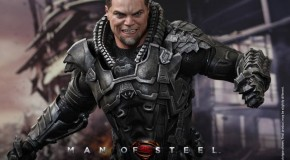 [Hot Toys] Général Zod du film Man of Steel