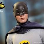 Hot Toys Batman 1966 10