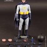 Hot Toys Batman 1966 15