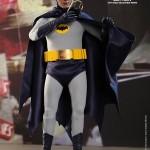 Hot Toys Batman 1966 3