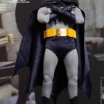 Hot Toys Batman 1966 4