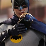 Hot Toys Batman 1966 7