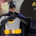 Hot Toys Batman 1966 8