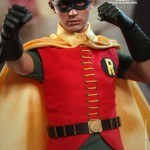 Hot Toys Robin 1966 1