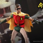 Hot Toys Robin 1966 2