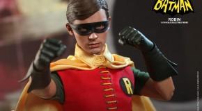 [Hot Toys] Robin version télé de 1966